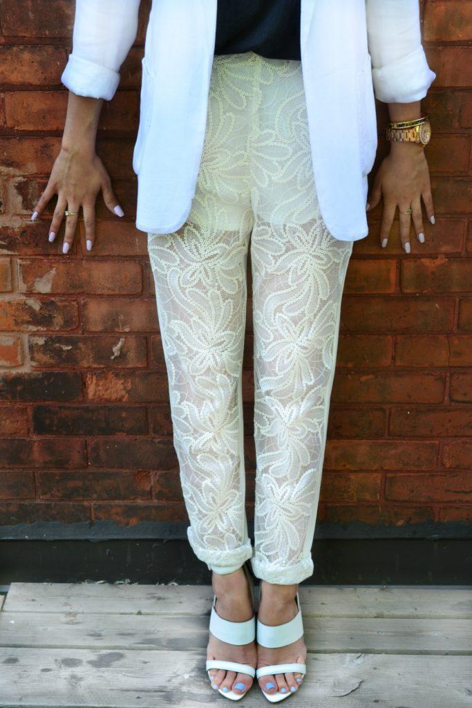 Kombinasi Warna Cat Rumah Hijau Dan Cream  ootd all business in white lace